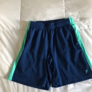 Old Navy go-dry shorts. Size M